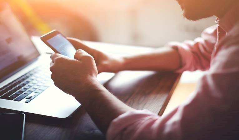 Evlerin yüzde 80'inde internet var