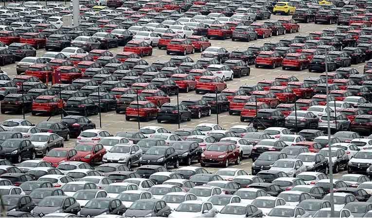 Otomobil pazarında sert düşüş