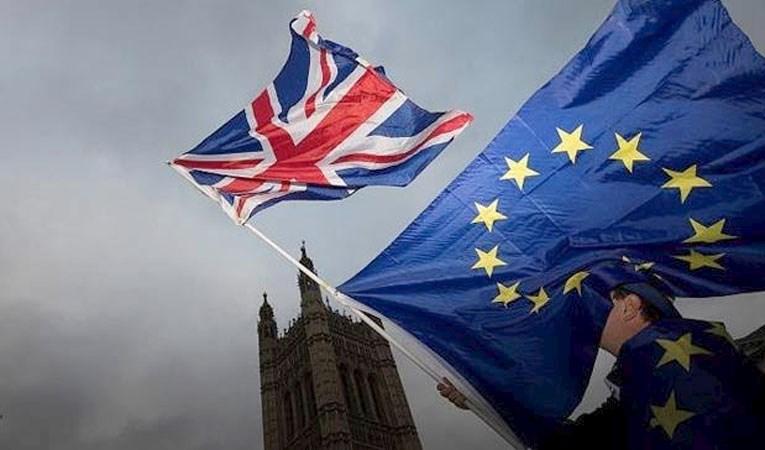 AB başkanları da Brexit için imzaları attı