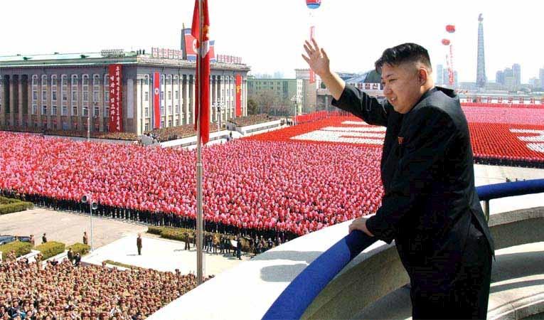 Kuzey Kore füzesi doları vurdu