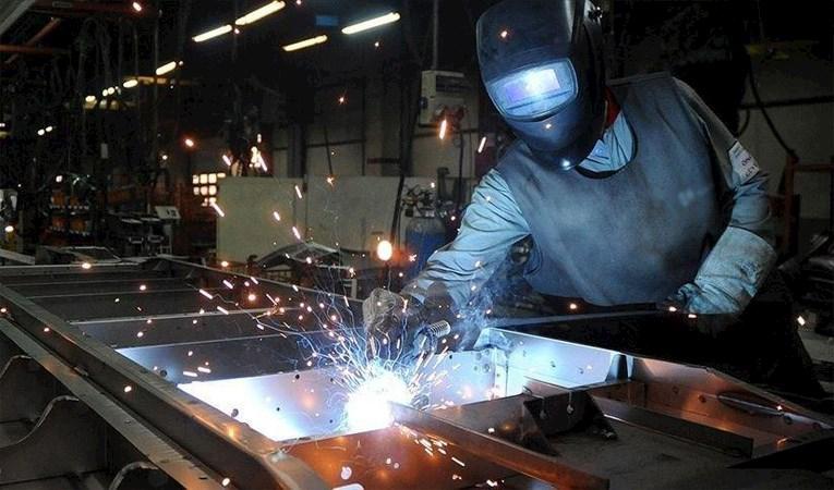 İmalat sanayi PMI 40,9'a yükseldi
