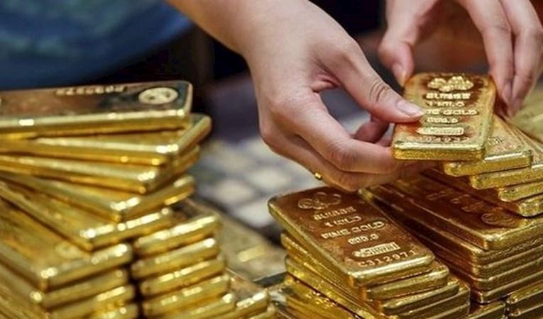 Ünlü banka altın için tahminlerini yükseltti