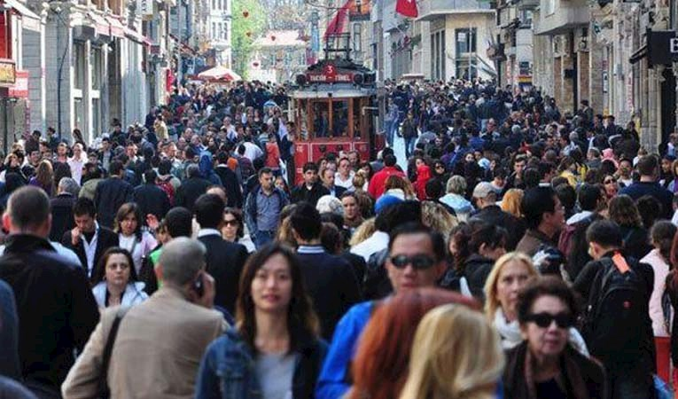 TÜKETİMİN 4'TE 1'İ İSTANBUL'DA