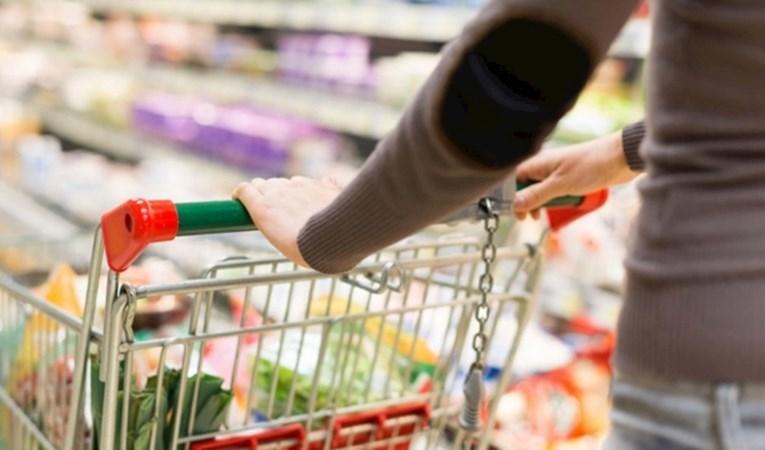 Tüketici güveni nisanda düştü