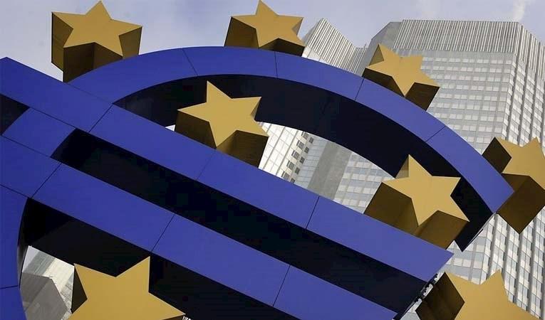 Euro Bölgesi, ilk çeyrekte yüzde 3,8 daraldı