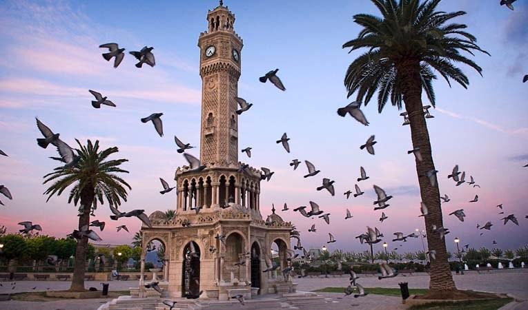 İzmir'in notu bir kez daha 'AAA'