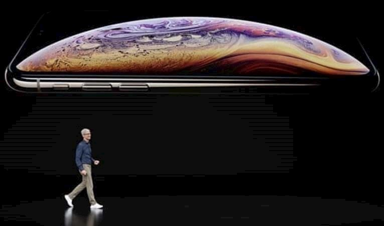 APPLE YENİ İPHONE MODELLERİNİ TANITTI