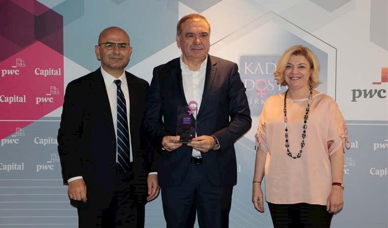 """""""Kadın Dostu Şirketler-2019"""" ödülleri dağıtıldı"""
