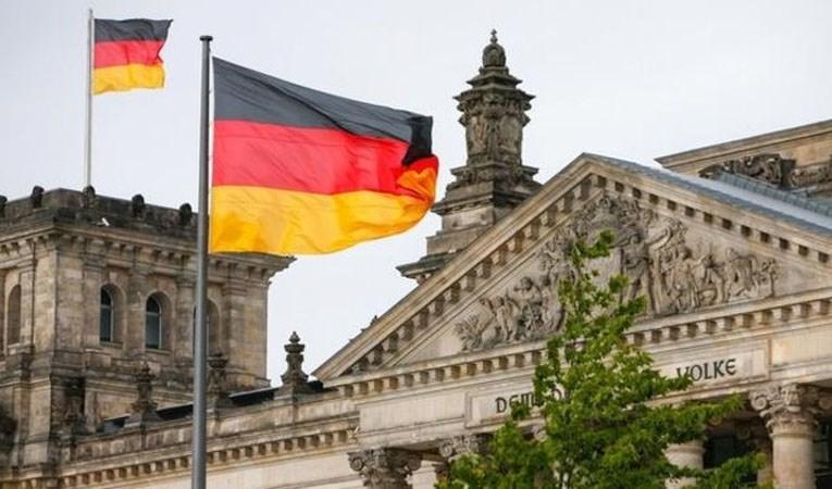Almanya Ekonomi Bakanı: Koronavirüsün zorda bıraktığı şirketleri kamulaştırmak bir seçenek