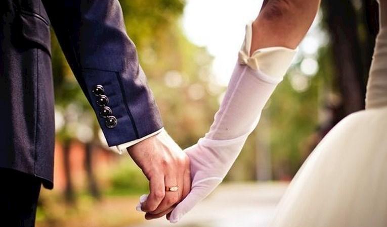Evlenmeler azaldı, boşanmalar arttı