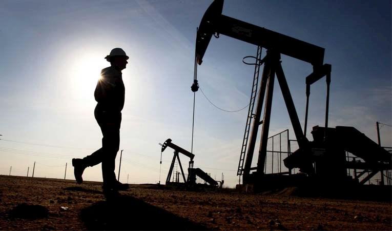 Petrolün varil fiyatı 53 dolara dayandı