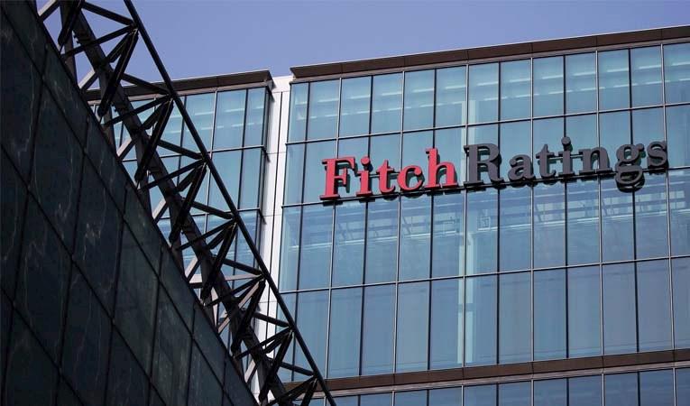 Fitch, büyüme tahminini düşürdü