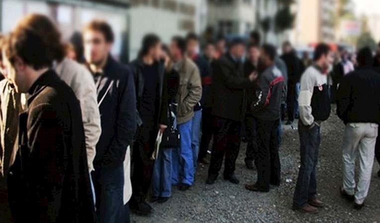İşsiz sayısı 1 milyon arttı