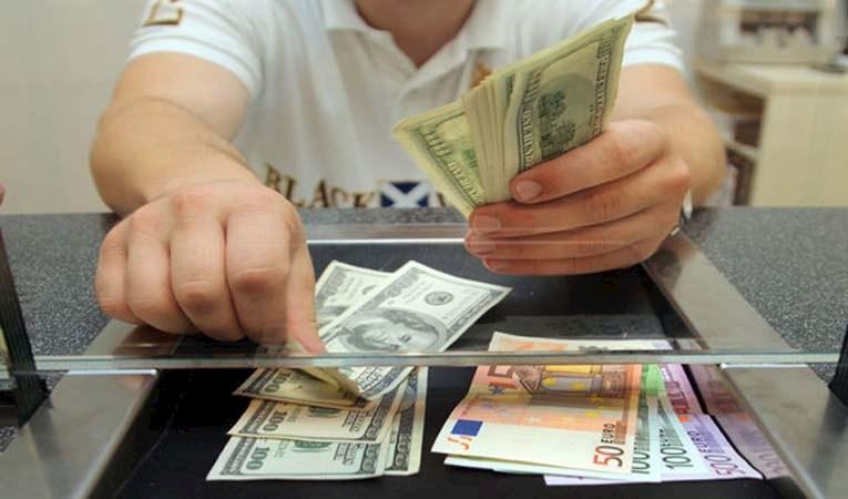 Dolar/TL 5,80'i aştı