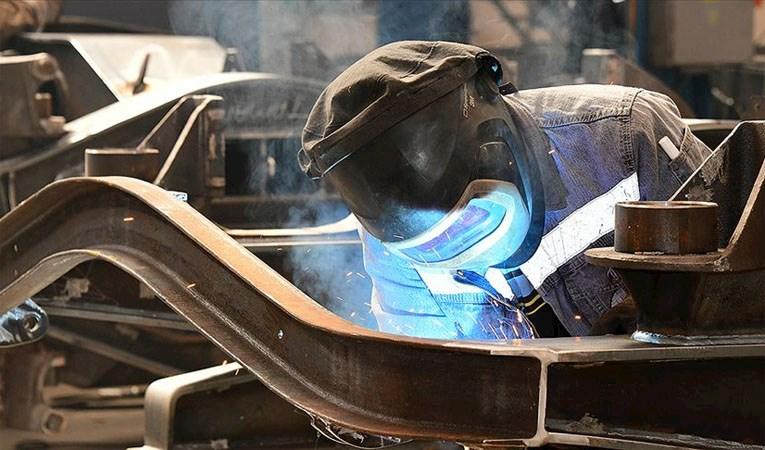 Sanayi üretimi yıllık yüzde 20 düştü