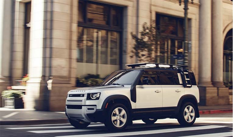 Yeni Land Rover Defender görücüye çıktı