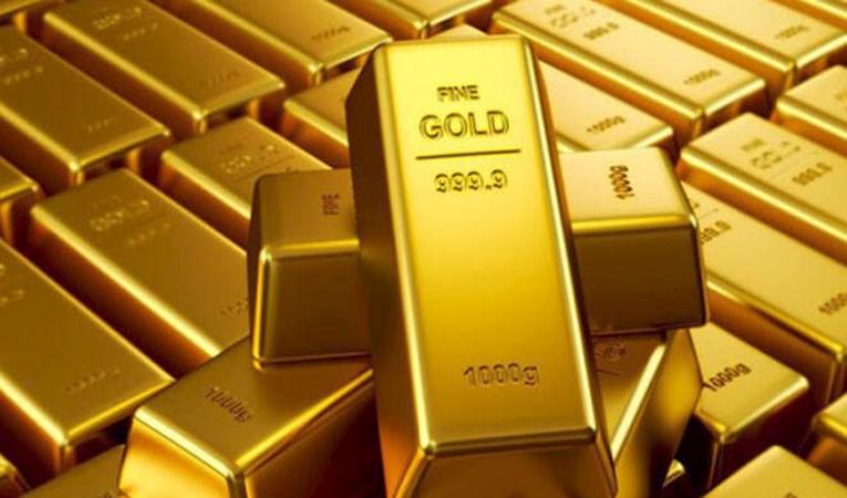 Gram altın 304 seviyelerinde