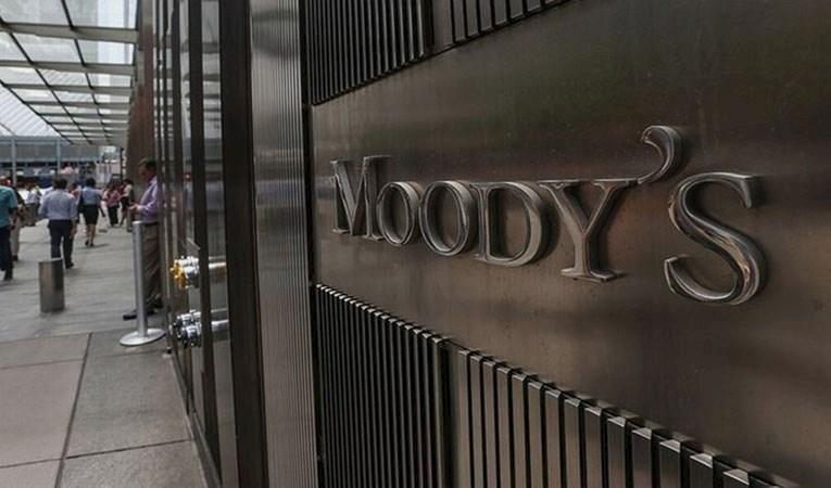 Moody's'ten petrol uyarısı: Fiyatlar düşebilir