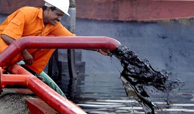Petrol son 40 ayın en yükseğinde