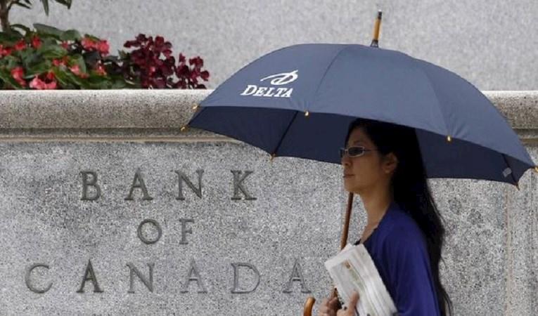 Kanada'dan 'planlı olmayan' faiz indirimi