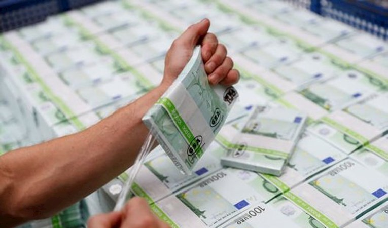 AB BANKALARIN LİKİDİTESİNİ ARTIRACAK DÜZENLEME ÜZERİNDE ÇALIŞIYOR