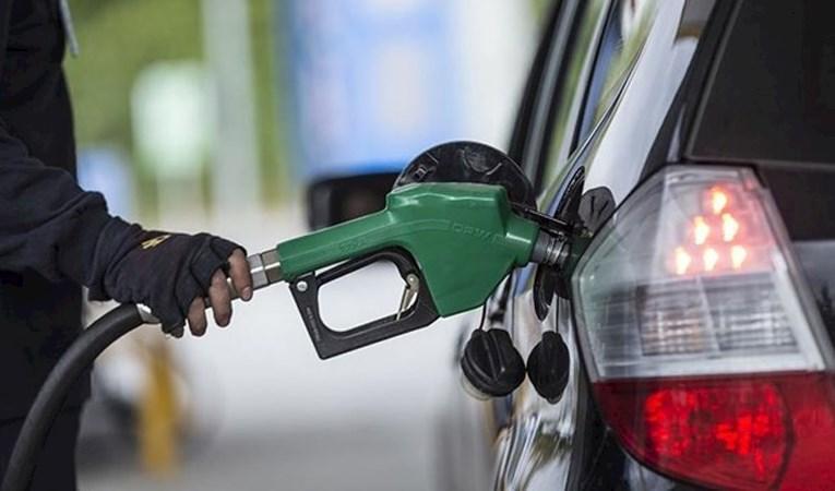 Benzine 14 kuruş zam