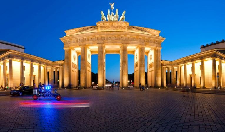 Almanya, birinci çeyrekte yüzde 2,2 küçüldü