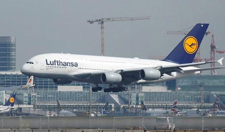 Lufthansa, 2,1 milyar Euro zarar açıkladı
